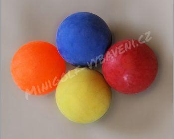 Minigolfový míček gumový